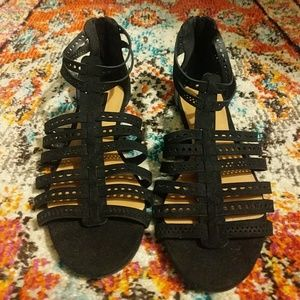 Forever 21 Sandals Size 7